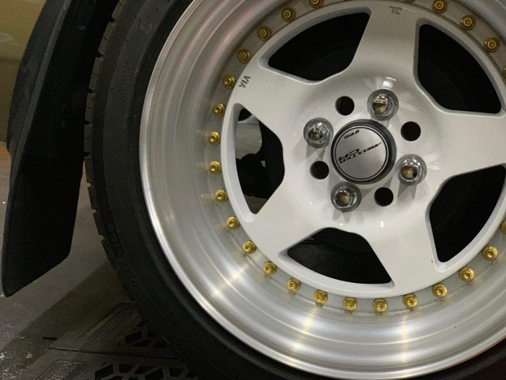 ネットや販売専門店で購入したタイヤの持ち込み交換承ります